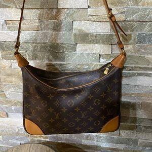 Louis Vuitton Boulogne Shoulder bag